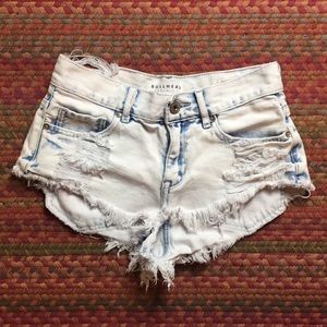 ACID WASH DISTRESSED SHORTY SHORTS